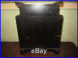 An old Victorian Japanese pagoda japanned jewellery cabinet / box