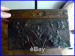 Beautiful C. 1900 Art Nouveau Wood & Copper Box Jewelry Sewing Arts & Crafts