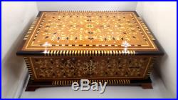 Big and Beautiful Wooden Jewelry Box, Thuya Wood Decorative Storage Lockable Box