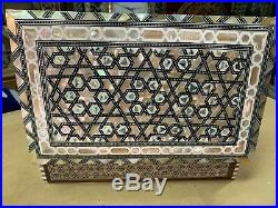 Egyptian Handmade Wood Jewelry Box Inlaid Mother of Pearl (10.6x6.6)