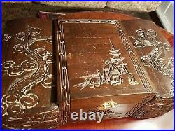 Jewelry Box Chest Vtg Asian LARGE Felt Carved Wood Dragon Pagoda Scenes