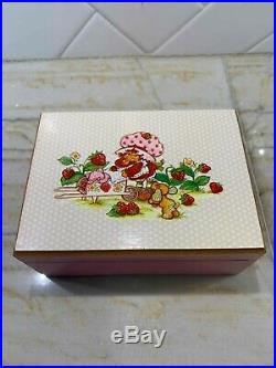 Rare Vintage Strawberry Shortcake Wooden Music Jewelry Box Plays Frere Jacques