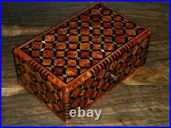 Thuya Wood Jewellery Box Inlaid With Mother Of Pearl Hand-made in Morocco thuja